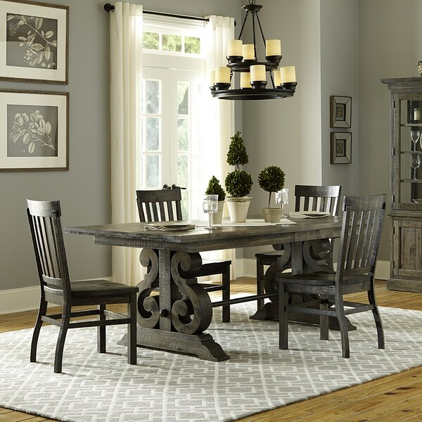 Round expandable dining room