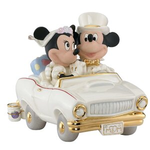 Disney's Minnie's Dream Honeymoon Figurine