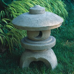 Exceptionnel Morris Round Pagoda Statue