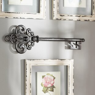 black metal key wall dcor - Shabby Chic Wall Decor