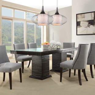 Delightful Cadogan Extendable Dining Table