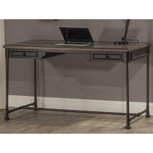 Maggi Desk