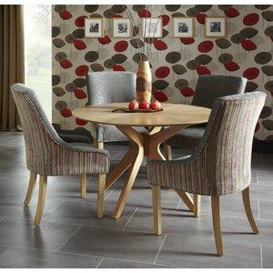 Essgruppe Leucas mit 4 Stühlen von Home & Haus