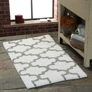 harriette geometric bath rug