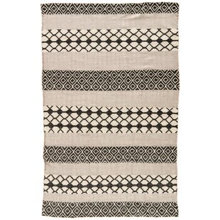 Flores Ash/Jet Black Indoor/Outdoor Area Rug By World Menagerie