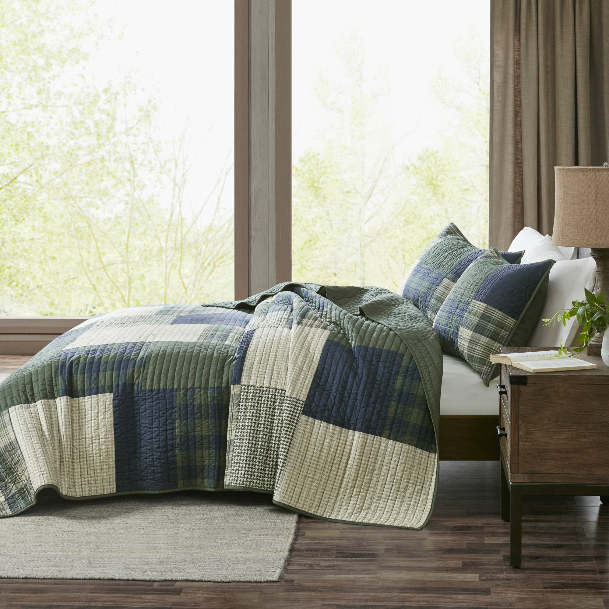 BEAUTIFUL COZY REVERSIBLE BLUE BROWN NAVY CABIN TAUPE STRIPE COTTON QUILT SET