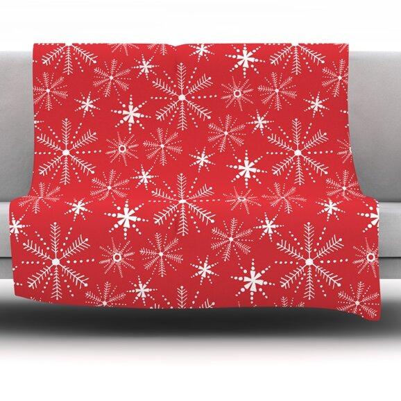 Snowflake Fleece Throw Blanket by East Urban Home