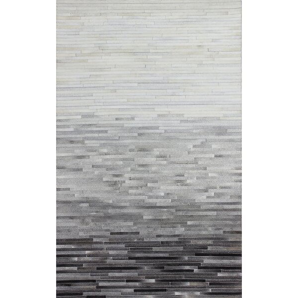 Leslie Flat woven Multi-color Area Rug by Wade Logan