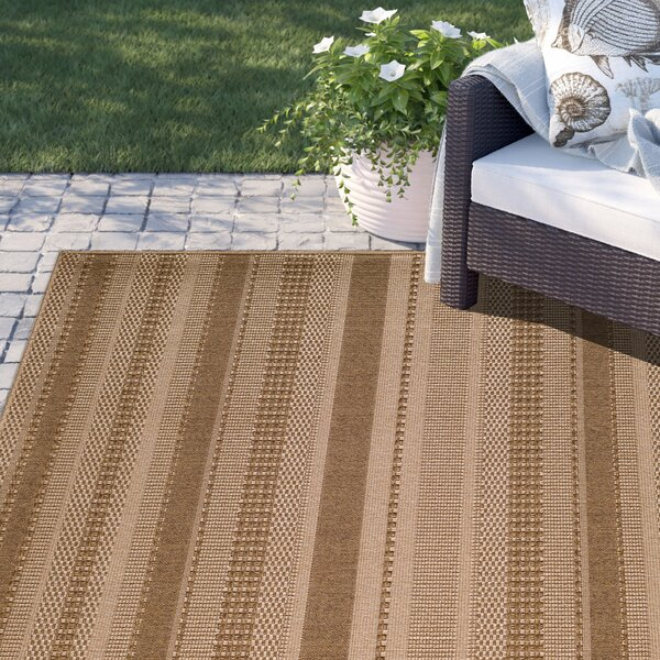 Dondale Beige Indoor/Outdoor Area Rug by Sol 72 Outdoor