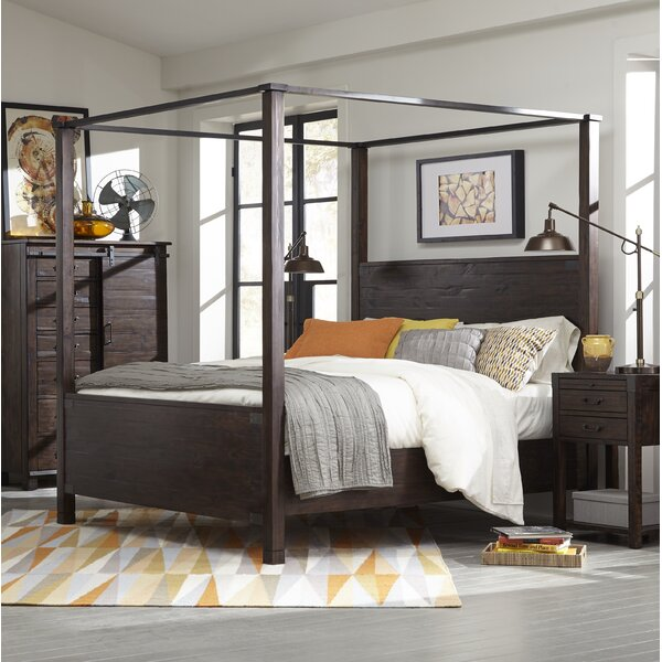 Crater Ridge Canopy Bed by Loon Peak