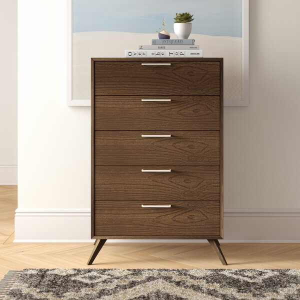 Ronan 5 Drawer Chest by Foundstone