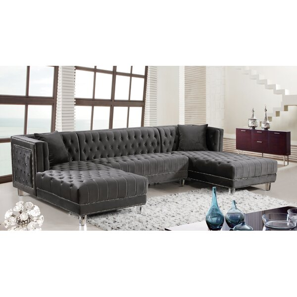 Paulene Sectional by Everly Quinn