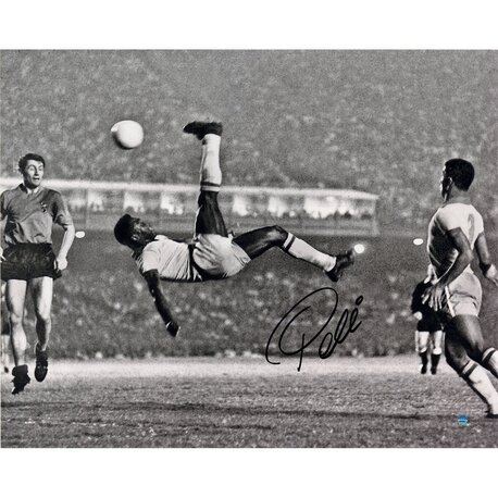 Pele 1965 Bicycle Kick Close Up Photographic Print by Steiner Sports