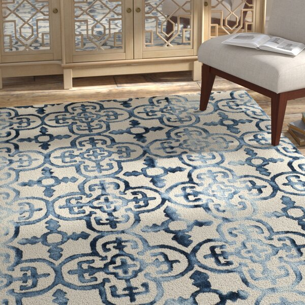 Naples Park Hand-Tufted Ivory/Navy Area Rug by Bungalow Rose