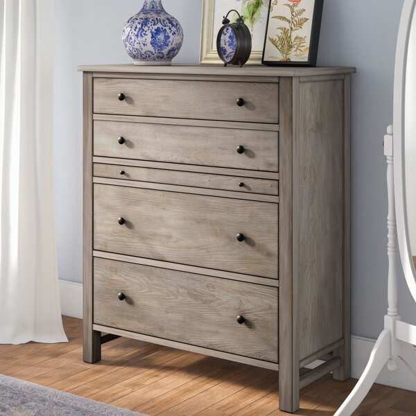 Aguirre 4 Drawer Chest by Lark Manor