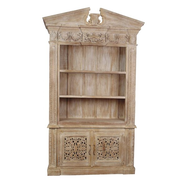 Aveliss Standard Bookcase by Bungalow Rose