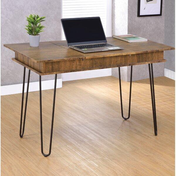Nakita Desk