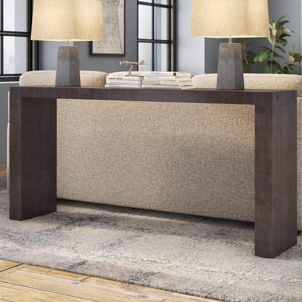 Review Carressa Console Table