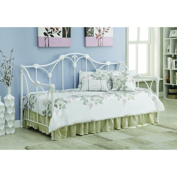 Ravenden Full Metal Daybed by Astoria Grand Astoria Grand