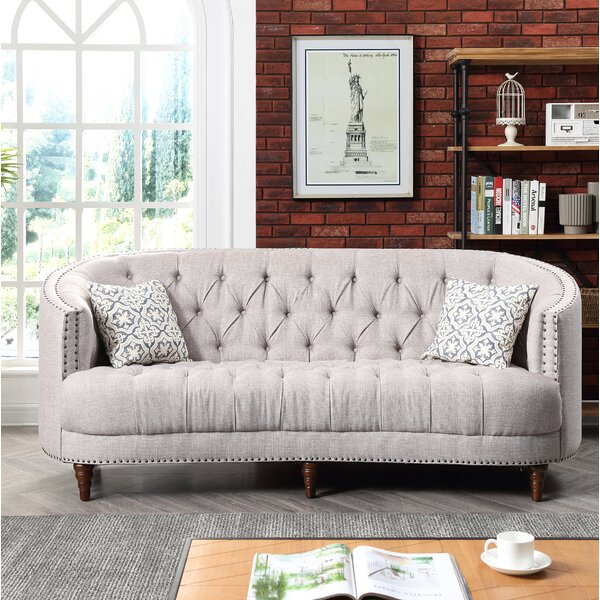 Nice Chic Jordynn Sofa by Darby Home Co by Darby Home Co