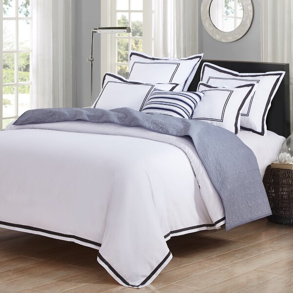 Hotel Duvet Set by Luxe Home Collections