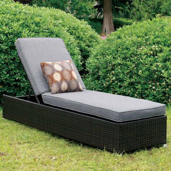 Lindell Chaise Lounge with Cushion
