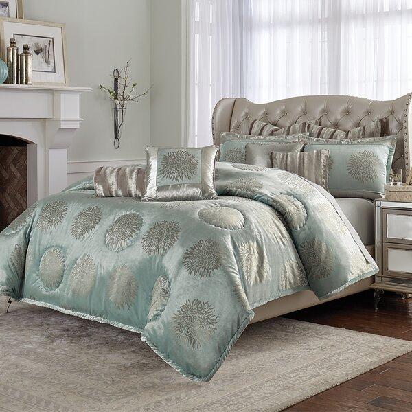 Regent Comforter Set
