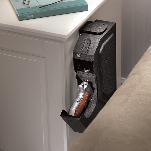 SpeedVault Biometric Lock Gun Safe by GunVault