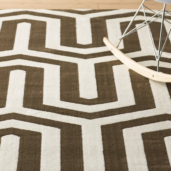 Patridge Ivory/Chocolate Area Rug by Wrought Studio