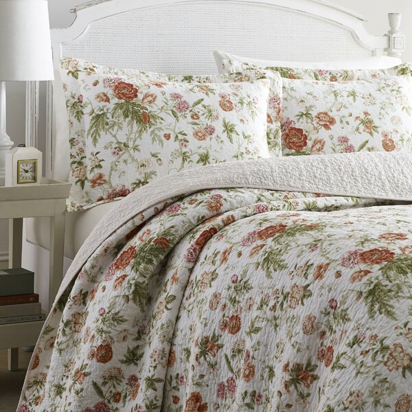 Breezy Reversible Quilt Set by Laura Ashley Home by Laura Ashley Home