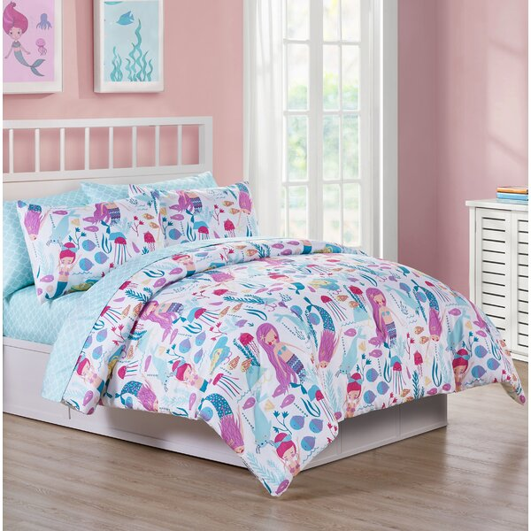 Knowle Ocean Dreamer Reversible Comforter Set by Zoomie Kids