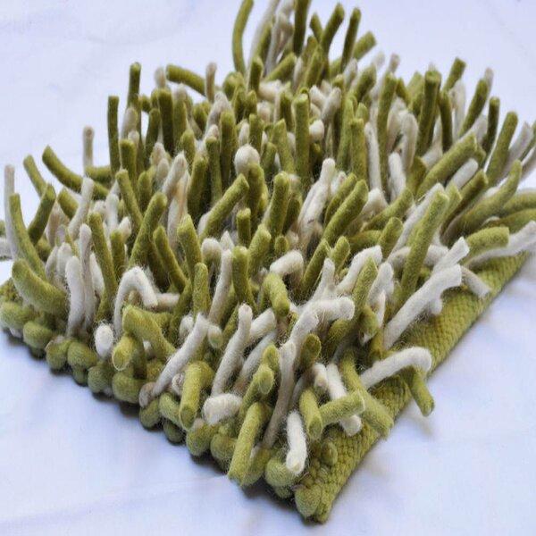 Primo Apple Handmade Shag Wool Green Area Rug