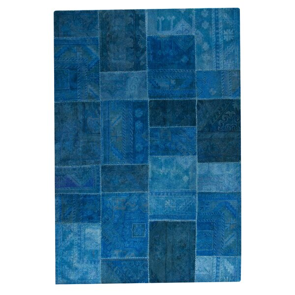 Satinath Hand-Tufted Turquoise Area Rug by Hokku Designs