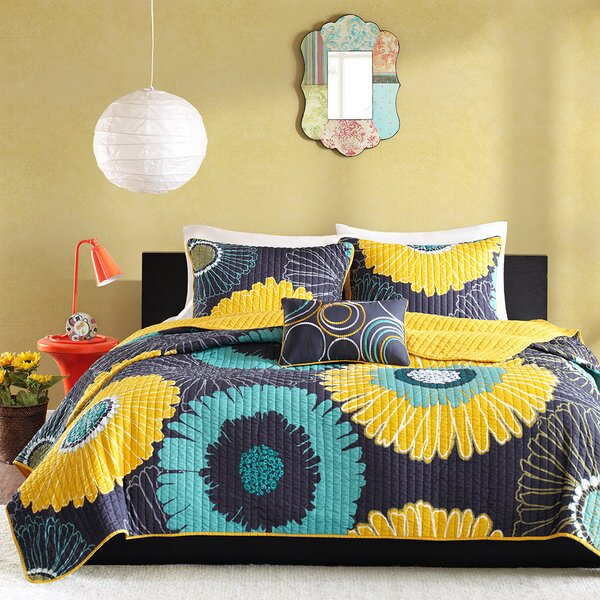 Vesta Coverlet Set by Andover Mills