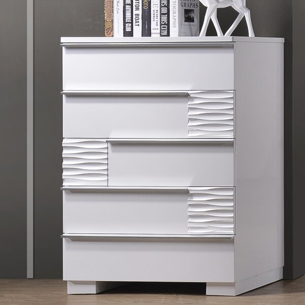 Forestport 5 Drawer Chest by Latitude Run