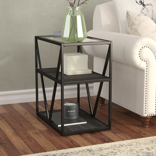 Veilleux Chairside Table by Laurel Foundry Modern Farmhouse
