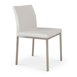 Paria Chair