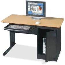 Review Computer Desk by Balt