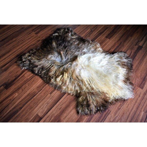 Bullis Animal Print Handmade 2'5 x 3'2 Sheepskin Beige/Brown Indoor / Outdoor Area Rug