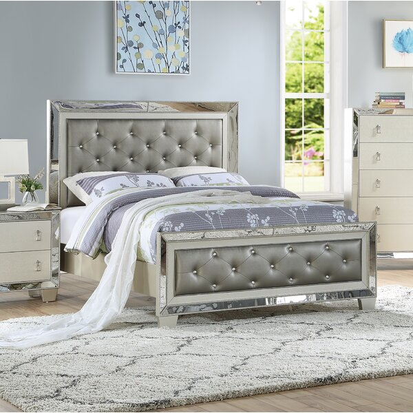 Flack Upholstered Platform Bed by House of Hampton