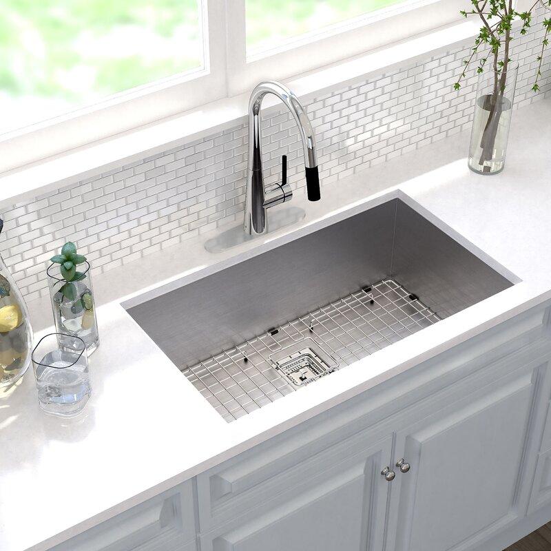 "Kraus Pax™ 31"" X 18"" Undermount Kitchen Sink With Drain Assembly"