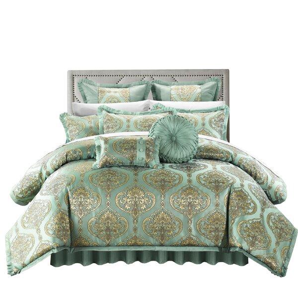 Garibay Comforter Set