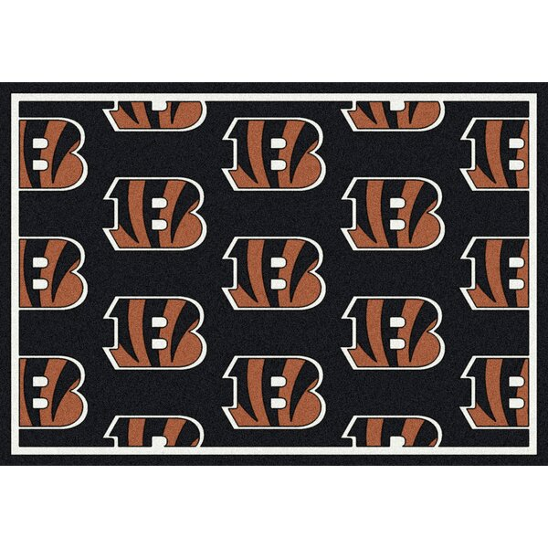NFL Team Repeat Football Indoor/Outdoor Area Rug b