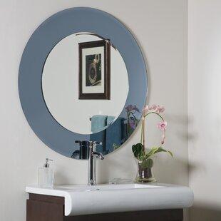 Decor Wonderland Camilla Modern Round Wall Mirror