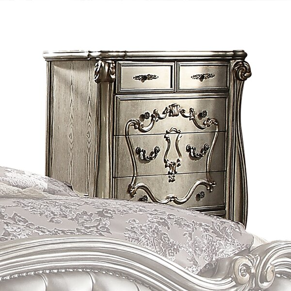 Welton 5 Drawer Chest by Astoria Grand