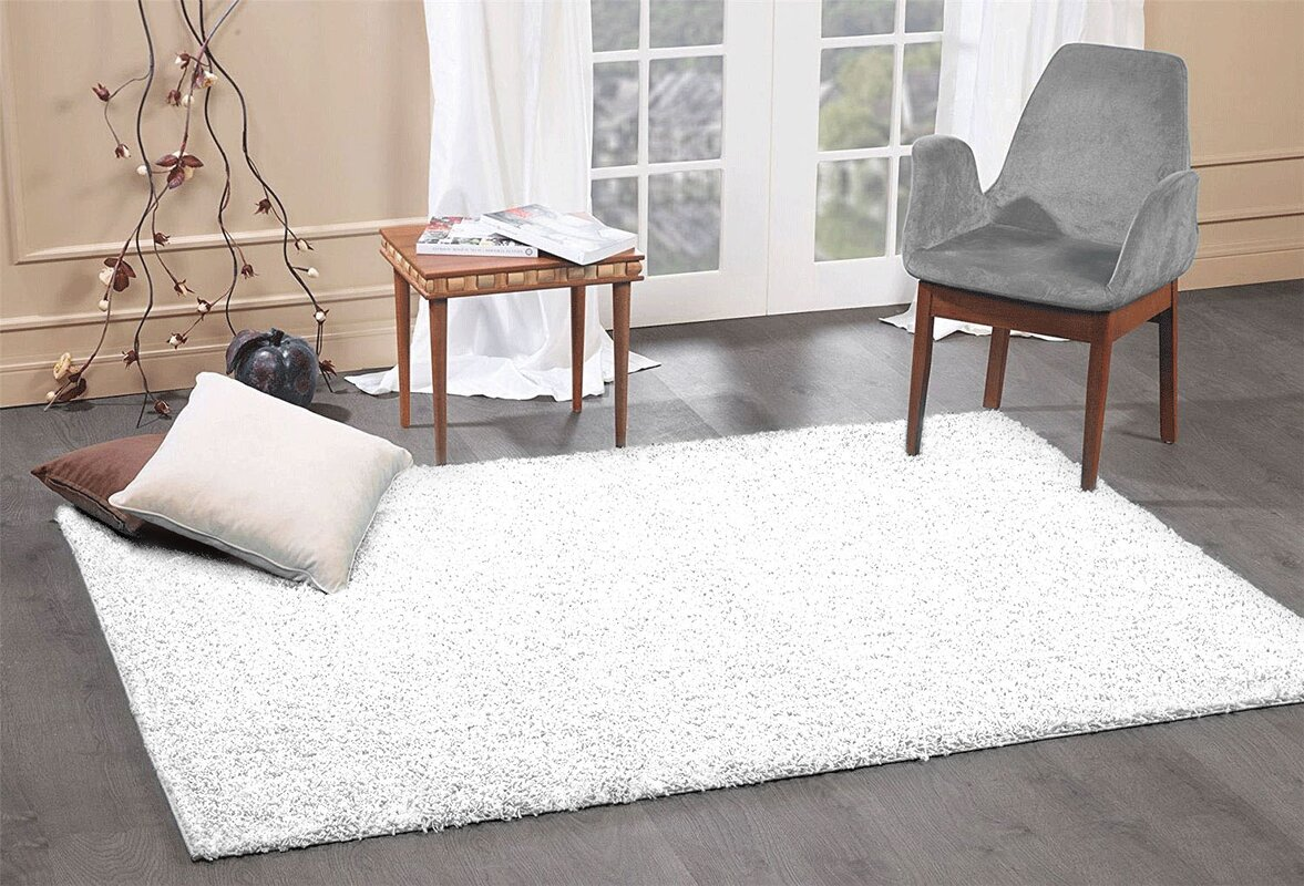 Pera Cozy Contemporary Soft White Area Rug