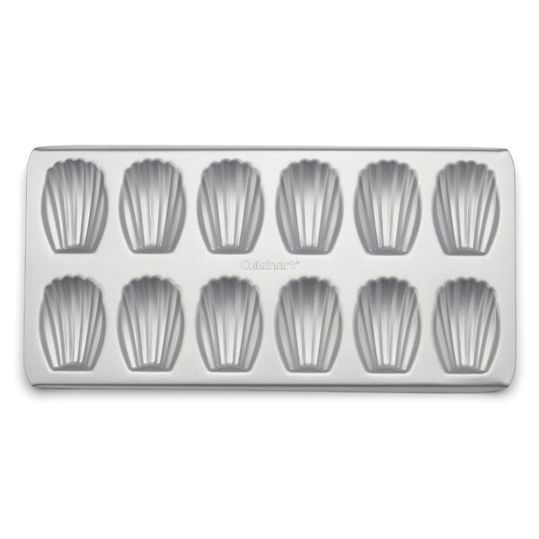 12 Cup Non-Stick Madeleine Pan by Cuisinart