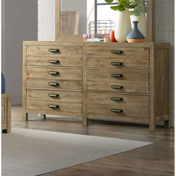 Sthilaire 6 Drawer Dresser by Foundry Select