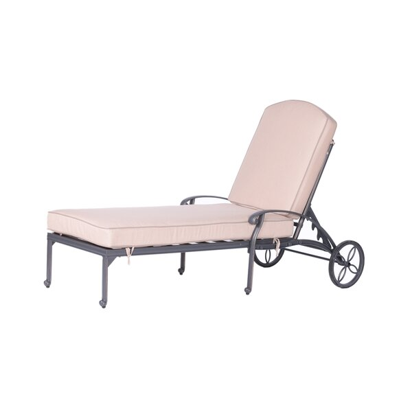 Bean Single Chaise Lounge with Cushion by Fleur De Lis Living