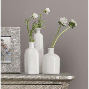 Nice 3 Piece White Table Vase Set